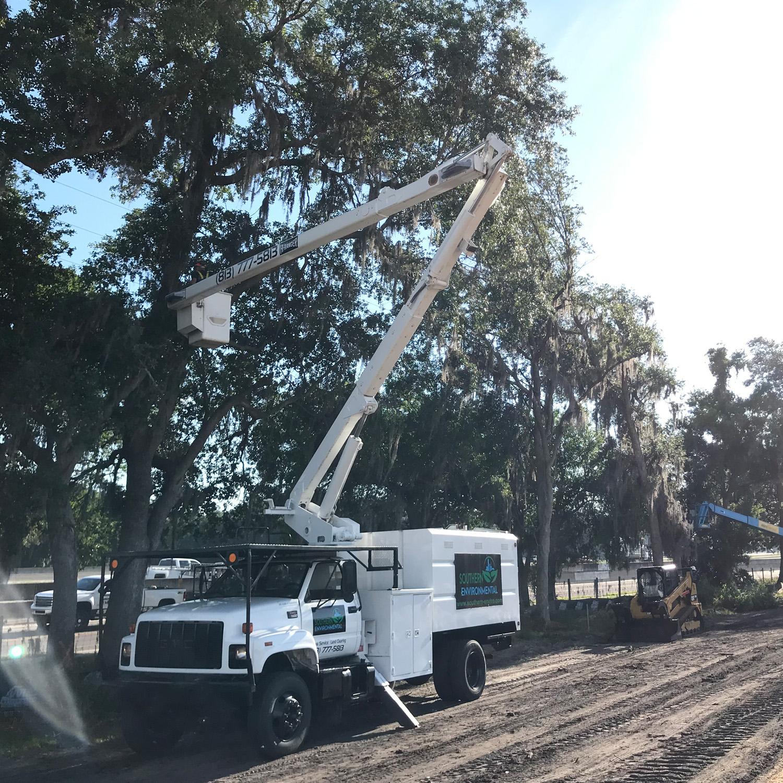 southern environmental box truck working